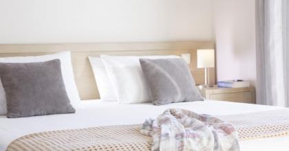 VILLA ALEXANDRA MASTER BEDROOM (3)